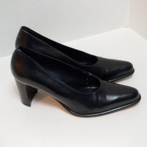 Franco Sarto Black Leather Career Office Heels